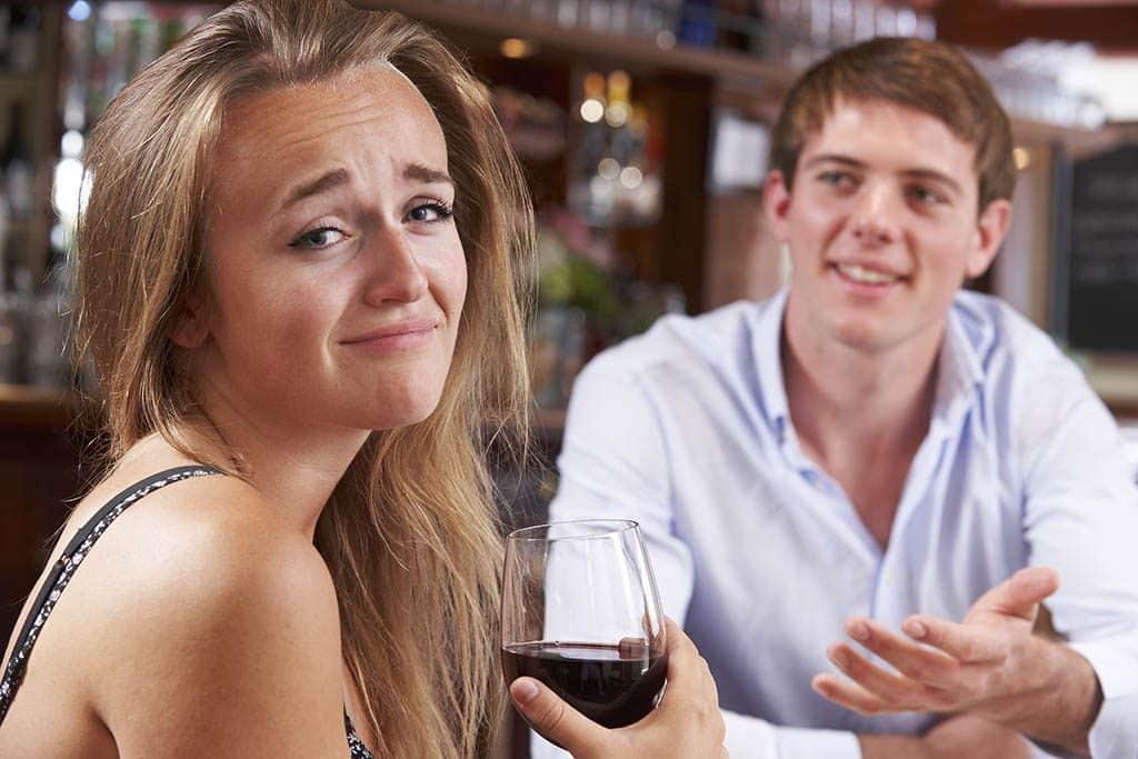 Ein weiteres No Go beim Date: Geschichten über die verflossene Liebe oder vorherige Dates