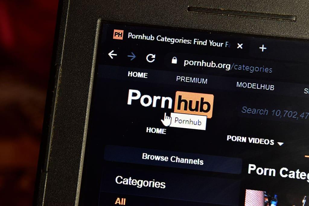 Mit Pornhub Geld Verdienen